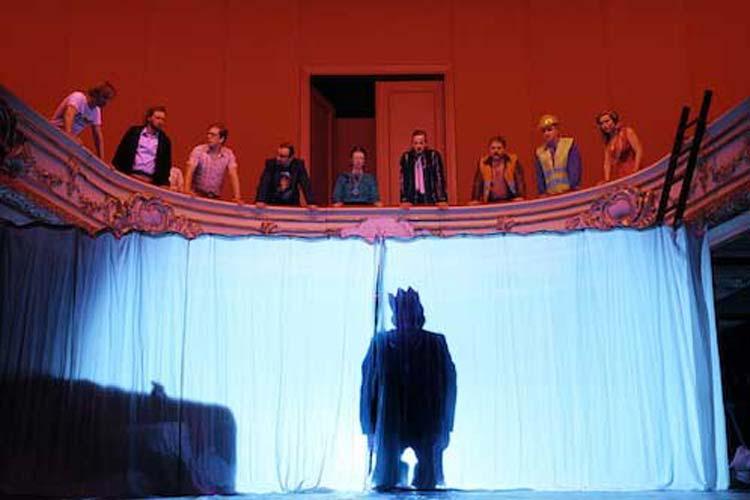 m Staatstheater Oldenburg feierte man am Samstag die Premiere von Hamlet.