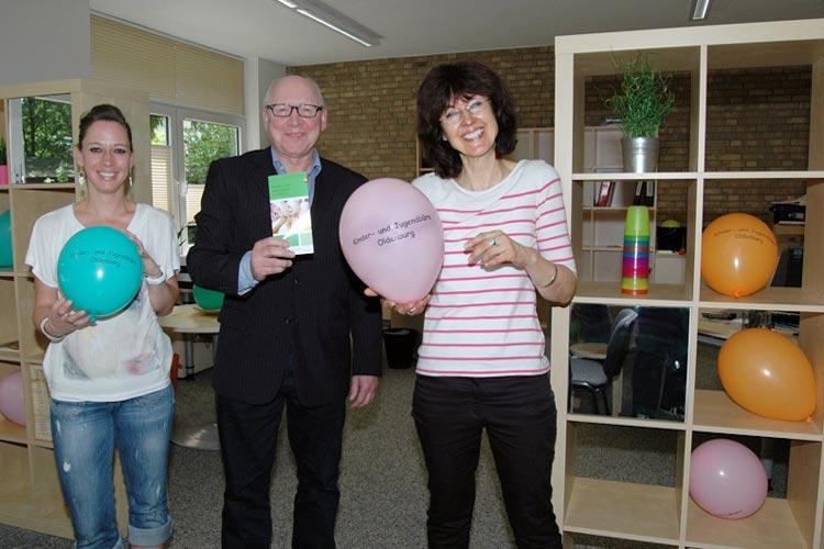 Britta Unfried, Klaus Kieckbusch und Sabine Herrmann freuen sich, dass sie jetzt eine Anlaufstelle für die Projektbeteiligungen für Kinder und Jugendliche bieten können.