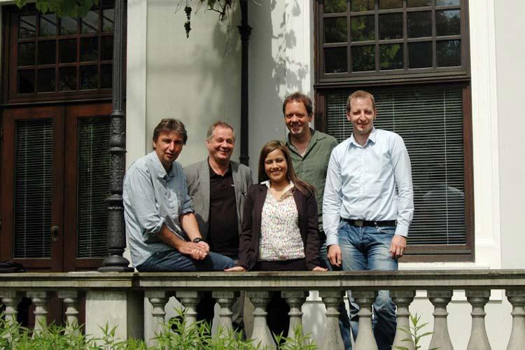 Kultursommer lokal: Andy Holtz, Bernt Wach, Frank Bekuhrs, Moderatorin Blanca Ochoa und Stefan Meyer.