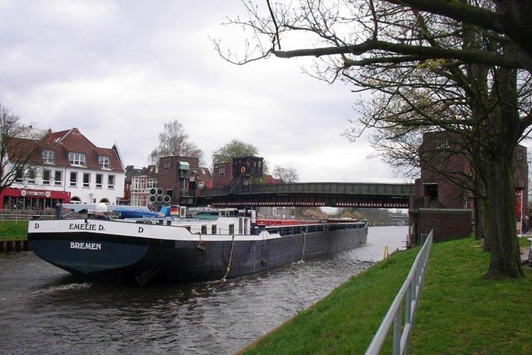 Im Wettbewerb wird das Aussehen der neuen Cäcilienbrücke entschieden.