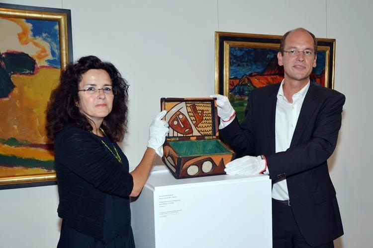 Dr. Gabriele Heinen-Kljajić, niedersächsische Ministerin für Wissenschaft und Kultur, und Prof. Dr. Rainer Stamm, Direktor des Landesmuseums für Kunst und Kulturgeschichte Oldenburg.