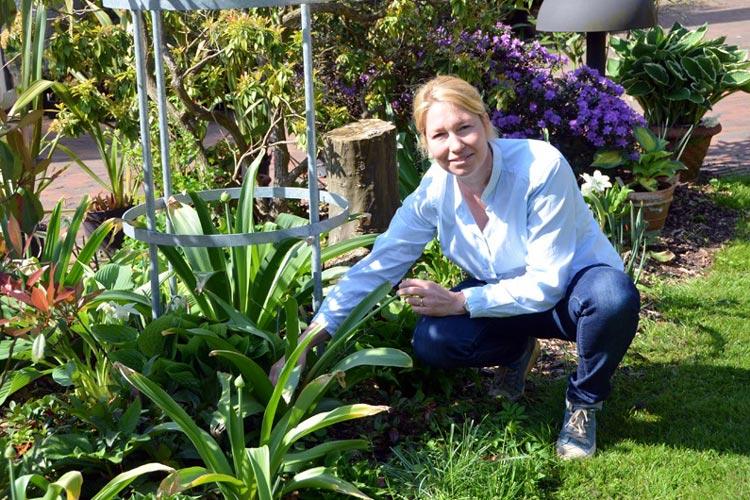 Für Trixi Stalling ist ihr Arbeitsplatz im Oldenburger Schlossgarten wie ein Sechser im Lotto.