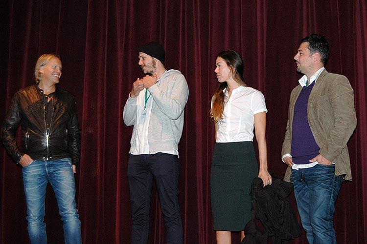 Der Filmfest-Samstag der Oldenburger Onlinezeitung bestand aus den Filmen Autumn Blood, Die Frau hinter der Wand, Maïna und wenig Party.