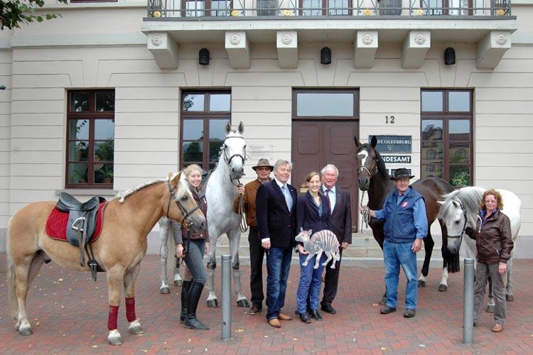 Am 8. September dreht sich wieder alles Rund ums Pferd. Zum elften Mal wird der Pferdemarkt von 11 bis 18 Uhr in eine Reitanlage verwandelt.