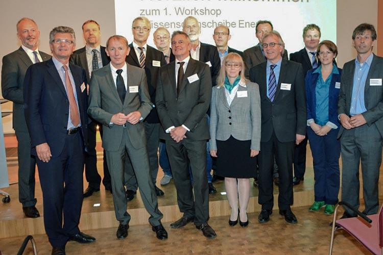 Regionale Vertreter aus Wissenschaft, Wirtschaft, Verwaltung und Politik trafen sich erstmals zur Wissensdrehscheibe Energie.