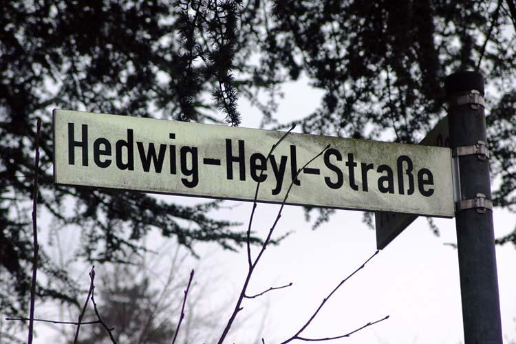 Die Hedwig-Heyl-Straße brachte den Stein über Straßennamen in Oldenburg erneut ins Rollen.