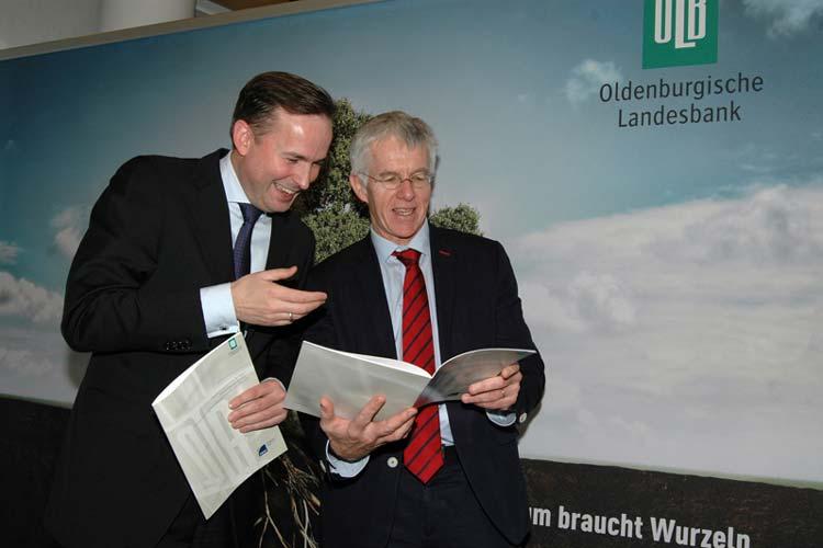 Die Oldenburgische Landesbank (OLB) stellte heute gemeinsam mit dem Hamburgischen WeltWirtschaftsInstitut (HWWI) eine Studie vor, die der Region Weser-Ems und Bremen eine rosige Zukunft verspricht – wenn die richtigen Weichen gestellt werden.