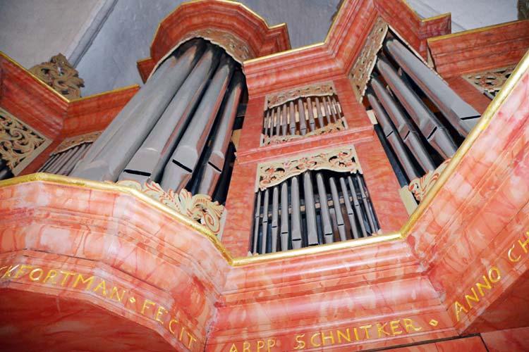 1699 hat Arp Schnitger die Orgel in Ganderkesee gebaut.