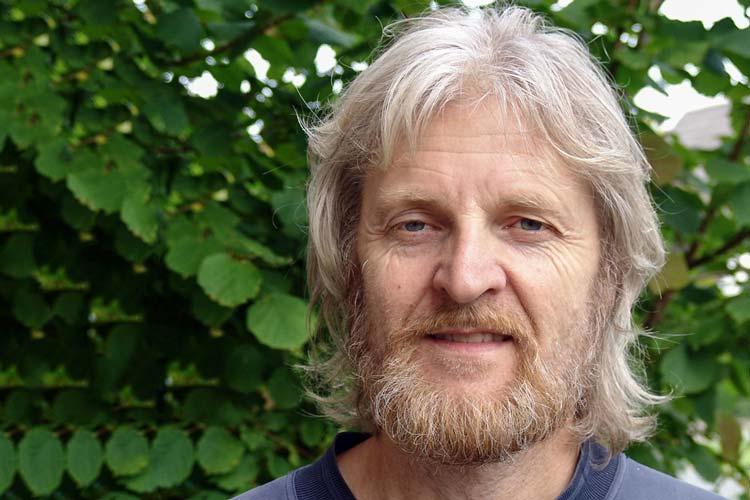 Ingo Harms fand heraus, dass die Gemeinde Ovelgönne einen NS-Text als offizielle Gemeindechronik herausgibt.