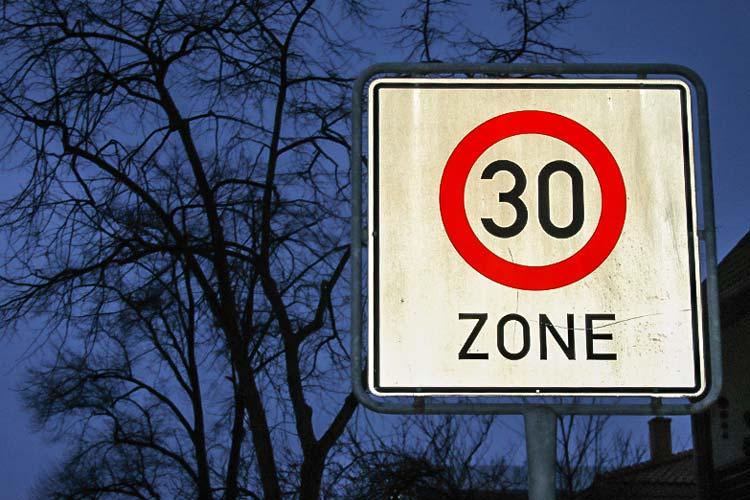 Tempo-30-Zonen für Hauptverkehrsstraßen ist einer der großen Streitpunkte in Oldenburg.