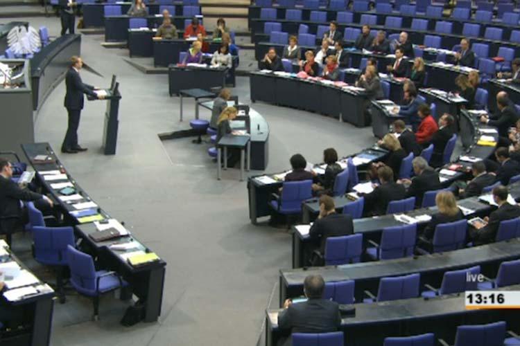 Dennis Rohde hielt am Donnerstag seine erste Rede im Bundestag.