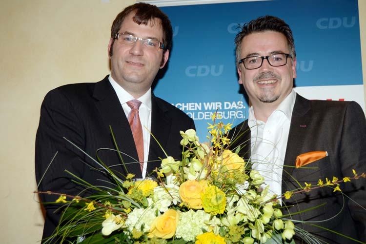 CDU-Parteichef Olaf Klaukien gratulierte dem OB-Kandidaten Christoph Baak zur Nominierung.