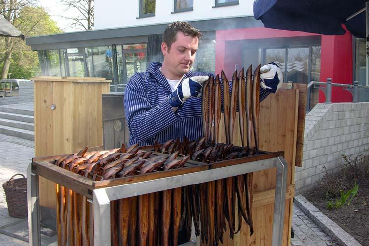 Geräuchertes in allen Variationen steht auf dem Programm des Räuchermarktes in Bad Zwischenahn.