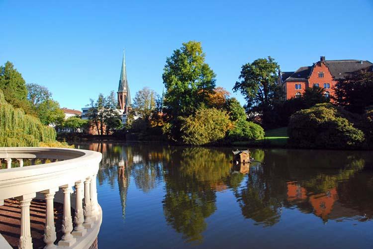 2014 feiert der Schlossgarten Oldenburg unter dem Motto Euer Garten ist die Welt seinen 200. Geburtstag.