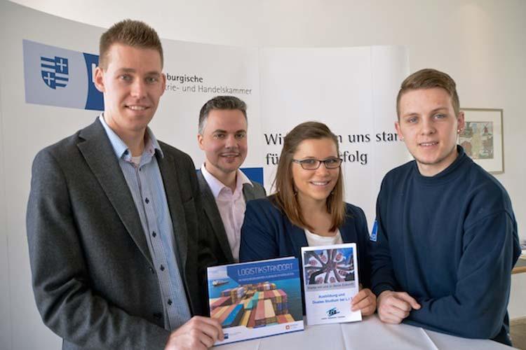 hilip Dobel, Geschäftsführer Felix Jahn, Alina Lüerßen und René Herrlau (von links) werben für die Logistikbranche.