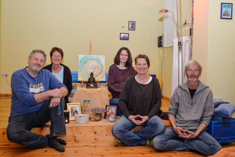 Im Dungkar Dharma Zentrum in Oldenburg wird ein freundliches Miteinander gepflegt.