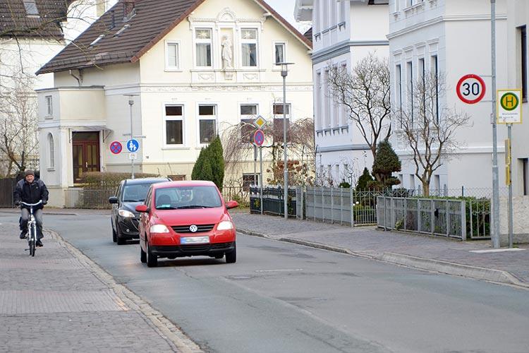 Verkehrsteilnehmer an der Auguststraße in Oldenburg.