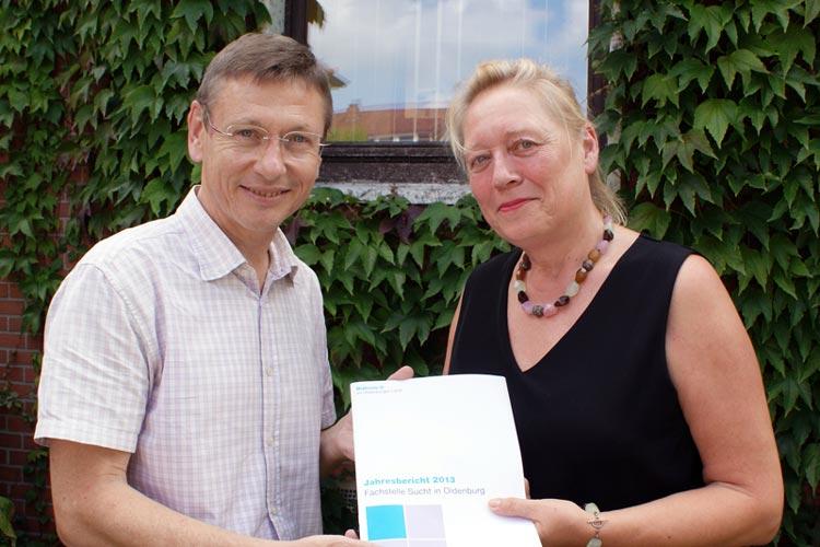 Kai Kupka und Barbara Driskell stellten den Suchtbericht 2013 der Fachstelle für Sucht und Suchtprävention der Diakonie in der Stadt Oldenburg vor, und stellen fest, dass immer mehr Menschen die Fachstelle aufsuchen.