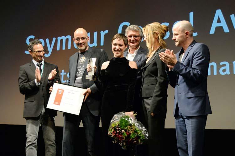 Der Seymour Cassel Award für die Beste Schauspielerin wurde an Victoria Schulz für ihre Leistung in Christian Froschs Von jetzt an kein Zurück vergeben