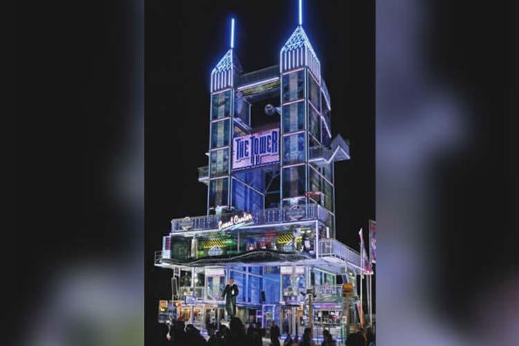 Die Firma Charles Blume gastiert zum ersten Mal mit dem Tower Event Center auf dem Oldenburger Kramermarkt.