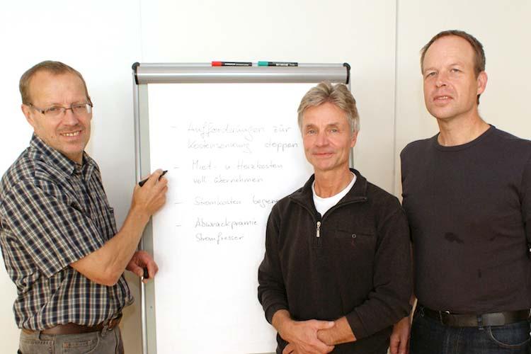 Heinz-Hermann Buse, Michael Baettig und Sozialwissenschaftler Ulrich Schachtschneider fordern eine soziale Energiewende in Oldenburg.