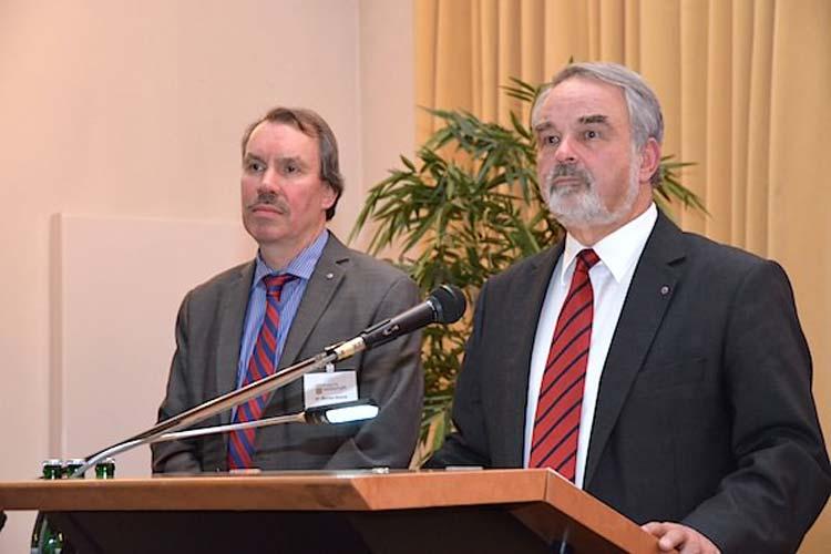 Dr. Michael Brandt und Thomas Kossendey ließen das Jahr der Oldenburgischen Landschaft Revue passieren und gaben einen Ausblick auf 2015.