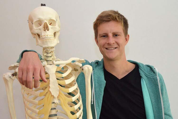 Für Moritz Knemeier eröffnen sich im Rahmen seines Medizinstudiums an der European Medical School in Oldenburg neue Möglichkeiten.