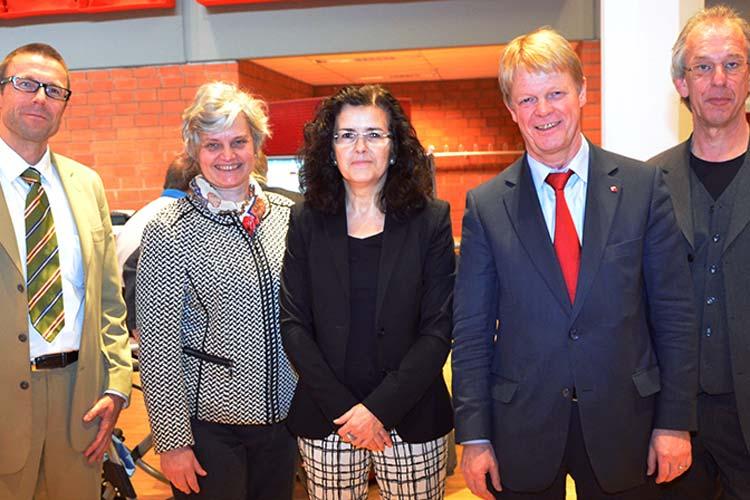 Hoben die Bedeutung der Kooperationsstelle Hochschule-Gewerkschaften hervor: Uwe Schneidewind, Katharina Al-Shamery, Gabriele Heinen-Klajajic, Reiner Hoffmann und Harald Büsing.