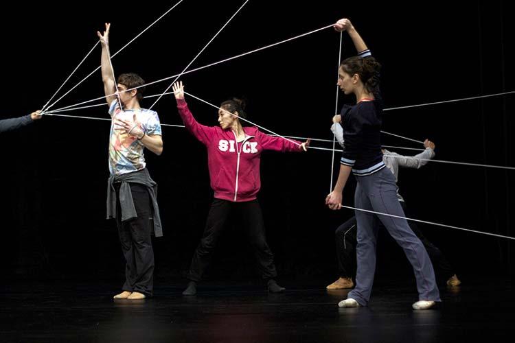 ie schönste aller Welten wird derzeit von der BallettCompagnie Oldenburg einstudiert. Uraufführung im Staatstheater ist am 14. Februar.