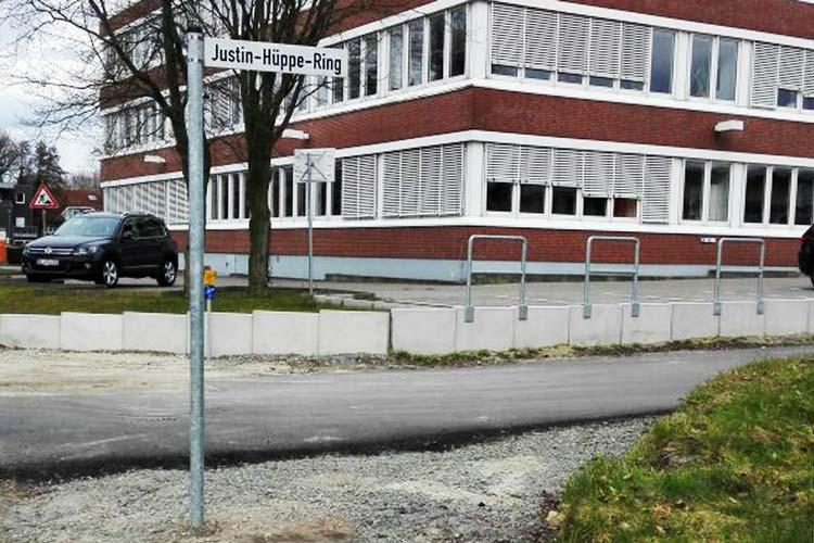 Seit heute offiziell: der Justin-Hüppe-Ring in Oldenburg-Kreyenbrück.