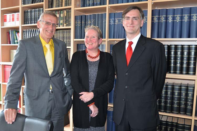 Die Oberstaatsanwälte Roland Herrmann, Susanne Böhm und Dr. Martin Binns berichteten über ihre Tätigkeiten im vergangenen Jahr.