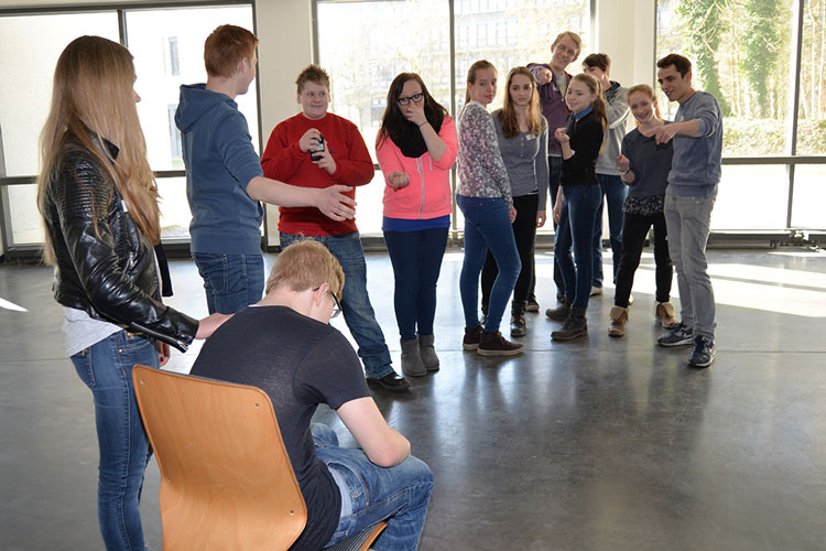 Am 9. Oldenburger Schülerstreitschlichterforum an der Uni Oldenburg nahmen heute mehr als 250 Schüler und Lehrkräfte aus der Region teil.