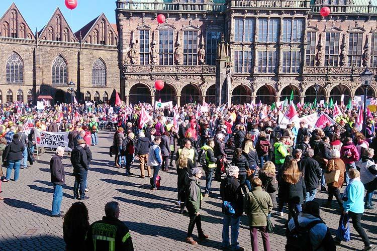 Heute haben die Gewerkschaften des öffentlichen Dienstes zu einem ganztägigen Warnstreik in Bremen und Niedersachsen aufgerufen.