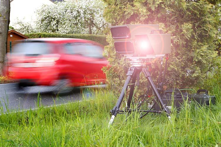 Alle Jahre wieder stellt das Land Niedersachsen im Frühjahr die Verkehrsunfallstatistik vor, und seit vielen Jahren ist zu schnelles Fahren die Unfallursache Nummer eins. Was für das Land gilt, gilt auch für den Bereich der Polizeidirektion Oldenburg.