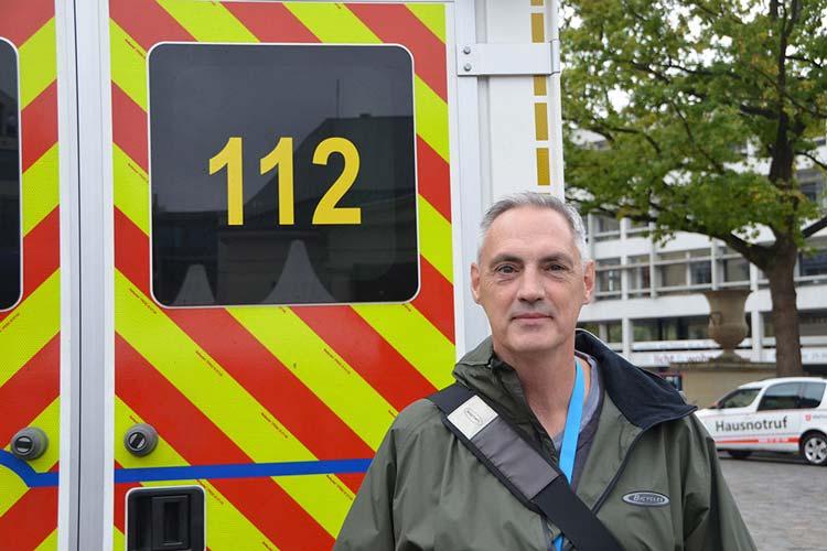 Als Helge Hanschke nach einem Herzstillstand sein Bewusstsein verlor, hatte er gleich mehrere Schutzengel.