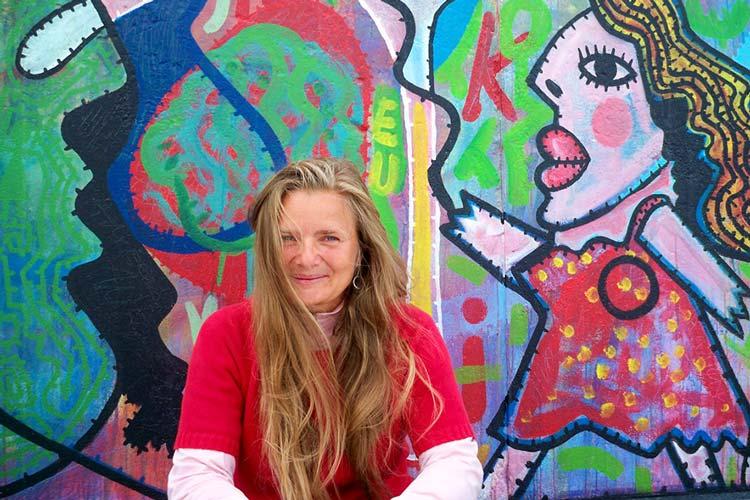 Regisseurin Karin Kaper ist in Oldenburg bei der Erstaufführung ihres Dokumentarfilms über die East Side Gallery dabei.