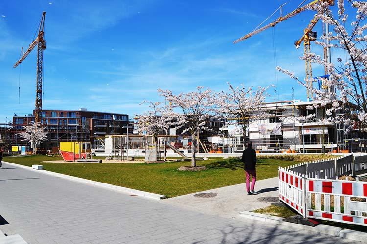 Rund 300 Wohnungen entstehen derzeit im Oldenburger Stadthafen, die Abwasserwärme für die Beheizung nutzen.