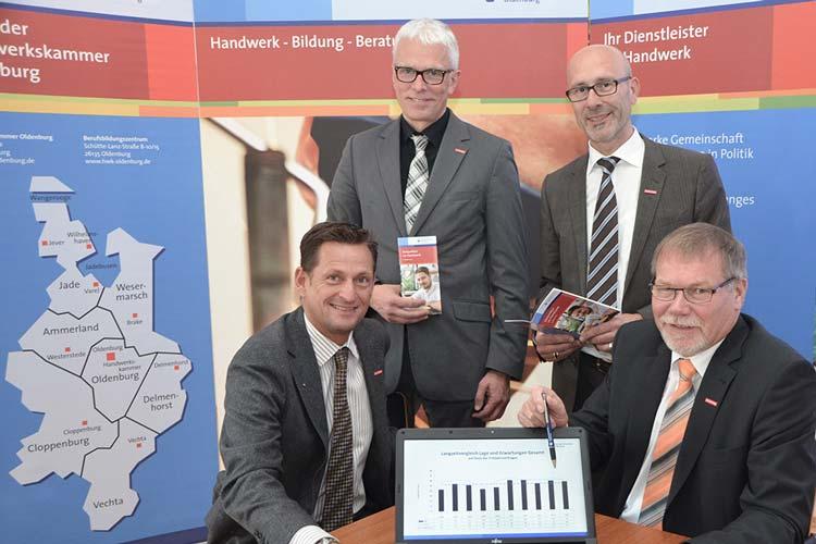 Stellten die jüngste HWK-Konjunkturumfrage in Oldenburg vor: Boris Jersch, Klaus Hurling, Heiko Henke und Manfred Kurmann.