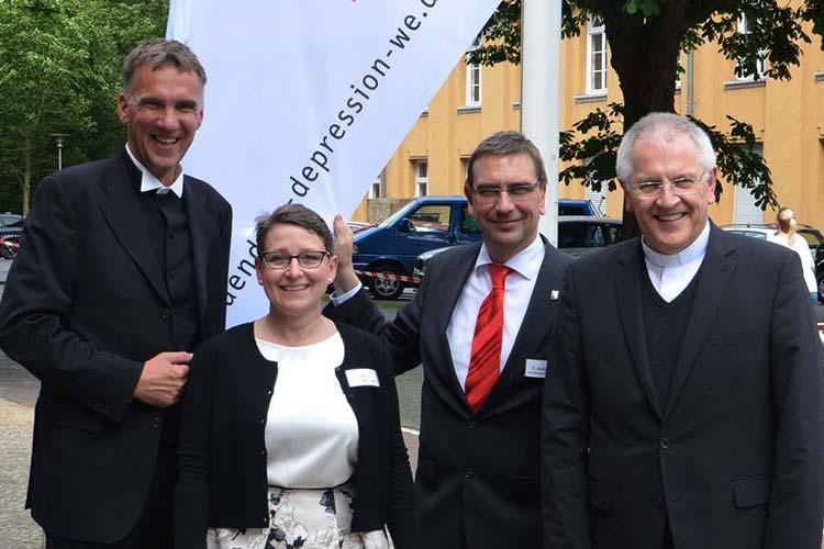 Gaben den Startschuss für das Bündnis gegen Depression in Weser-Ems: Jan Janssen, Jeanette Böhler, Sven Ambrosy und Dr. Heinrich Timmerevers.