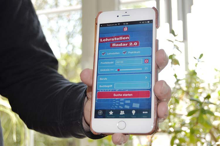 Die Handwerkskammer Oldenburg bietet einen Lehrstellenradar als App für das Smartphone.