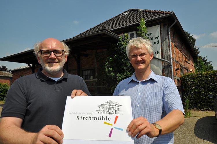 Bernhard Kühne und Martin Wichelmann werben um Genossen, um die Mühle Rostrup kaufen zu können.
