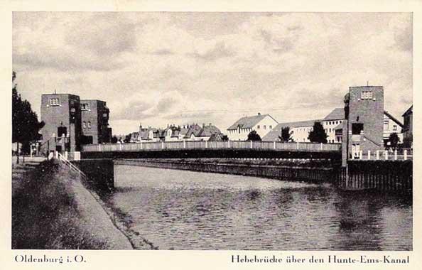 Die Cäcilienbrücke um 1940.