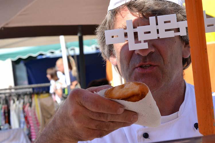 Der Berliner-Bäcker Dietrich P. Preuß gewann das Spiel um die beste Filmfestpose. Er erhielt zwei Eintrittskarten für die Eröffnungsgala.