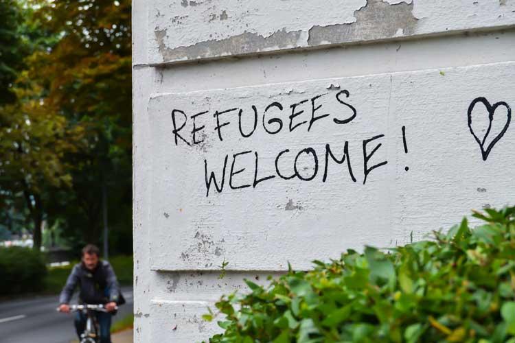 In Oldenburg läuft eine Welle der Hilfsbereitschaft für Flüchtlinge an.