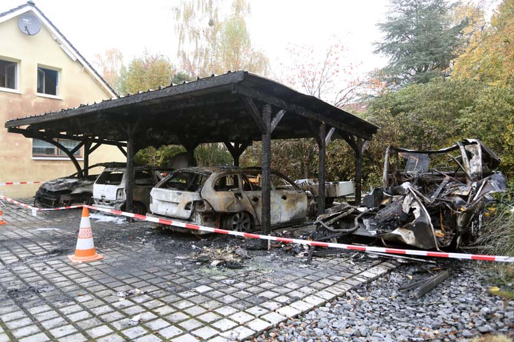 Carport Brand In Oldenburg Polizei Vermutet Brandstiftung