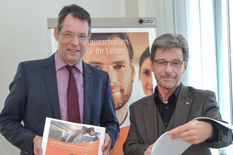 Norbert Loger und Frank Miklis informierten über den Krankenstand im Oldenburger Land.