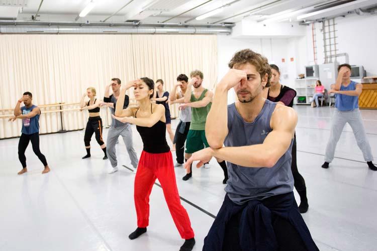 Zum vierten Mal laden das Oldenburgische Staatstheater und andere Institutionen Auszubildende und Studierende zum TheaterCampus Mehr Drama ein.