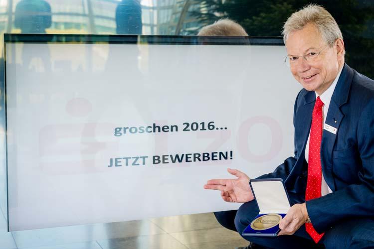 Gerhard Fiand, Vorsitzender des Vorstands der LzO und neuer Jurypräsident des groschen 2016 lädt zur Teilnahme am Wettbewerb ein.