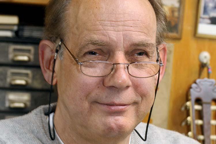 Zum Auftakt der Reihe Erzähl uns von früher am 11. November ist der Oldenburger Schriftsteller Klaus Modick zu Gast.