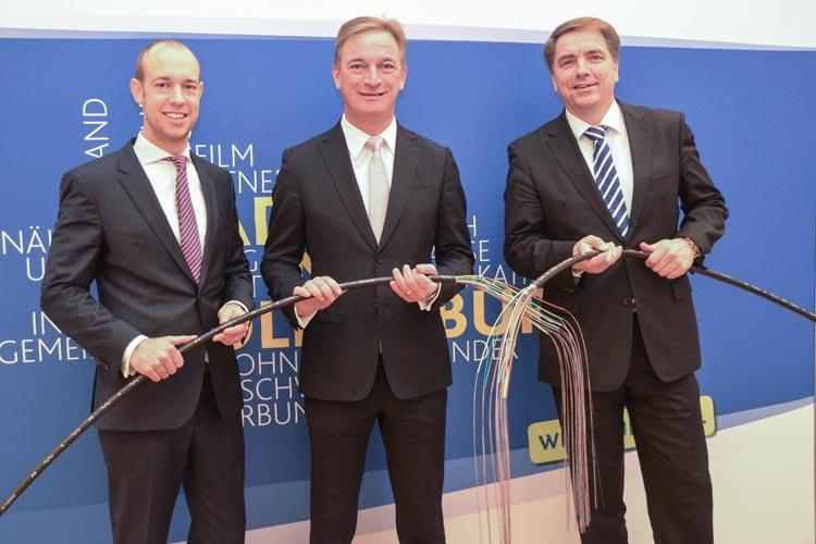 Schnelles Internet für Oldenburg: Darüber freuen sich Sebastian Jurczyk, Matthias Brückmann und Jürgen Krogmann.